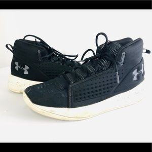 Men's under armour mid top running gym shoes 11